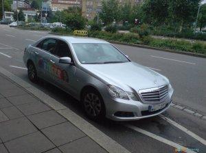 Mercedes-Benz-Mercedes-E-Klasse-Taxi_5071